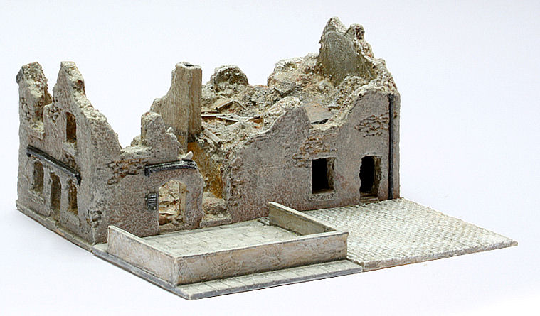 15mm Ruined Cafe