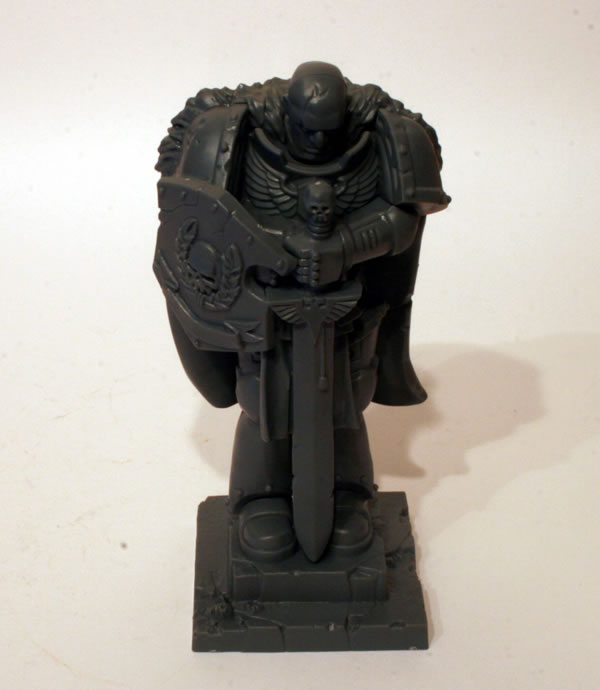 Space Marine Statue - Honoured Imperium