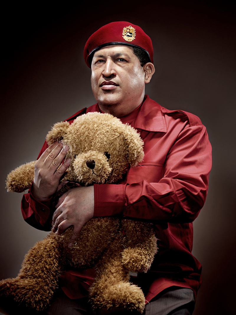 hugo chavez with teddybear IIHIH