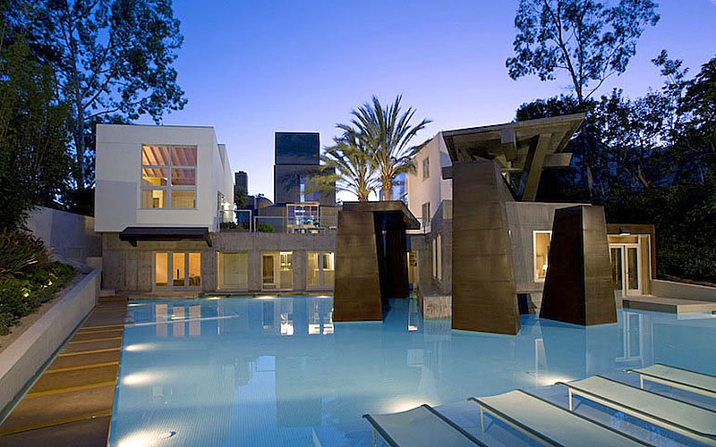 Frank Gehry's Schnabel House
