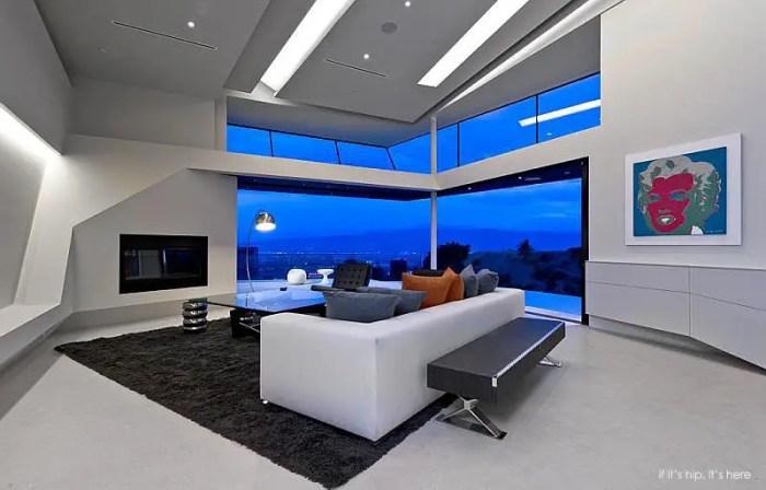 Mulholland Modern Mansion