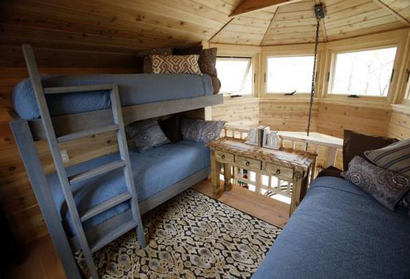 Man Cave With Bed : World s coolest man cave is a treehouse