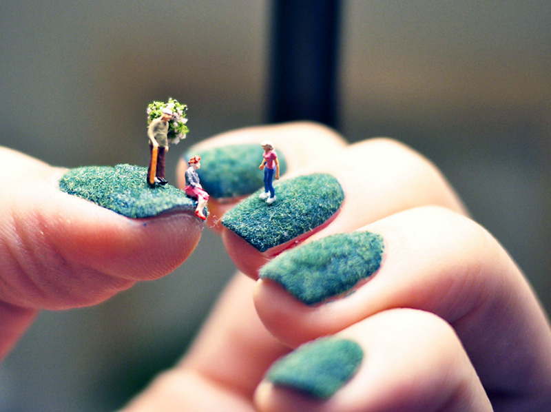 A mani with mini people you can do yourself and heres how if a mani with mini people you can do yourself and heres how if its hip its here solutioingenieria Choice Image