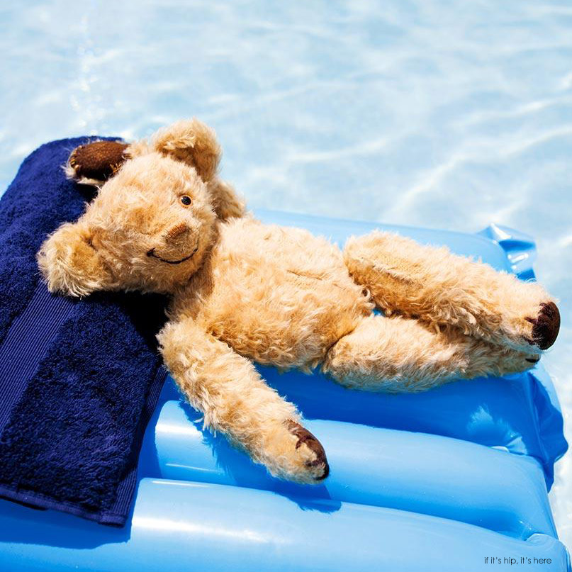 thomson teddy bear commercial