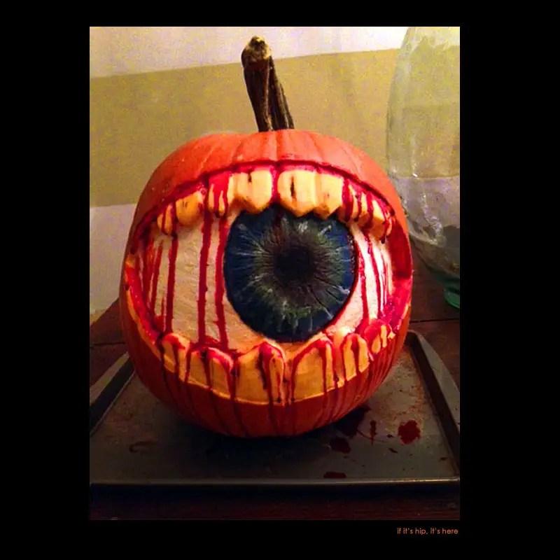 28 Eye pumpkin carving