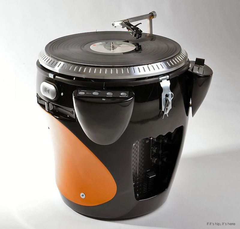 blk orange scratchophone