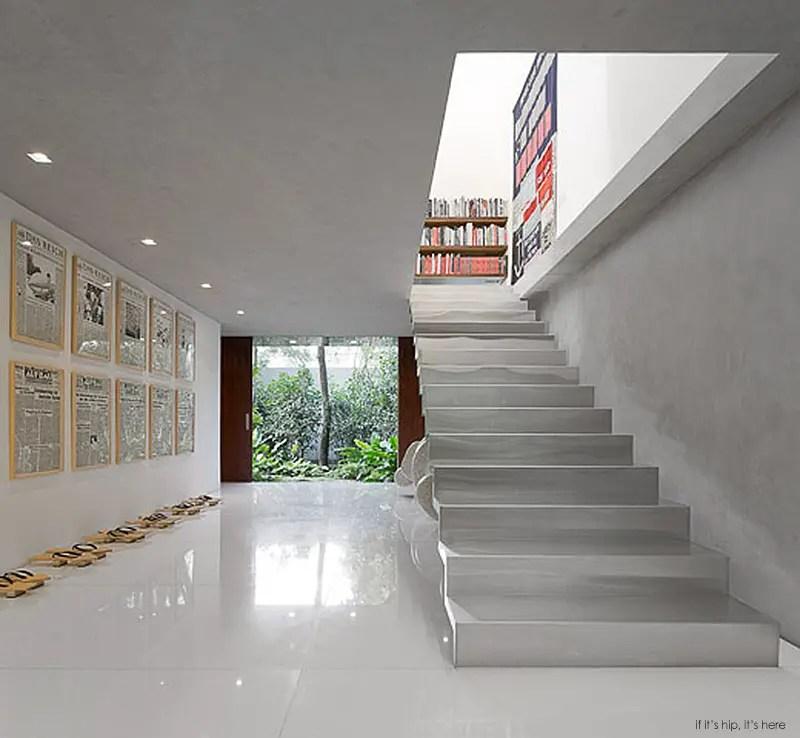 mezzanine level int 16 IIHIH