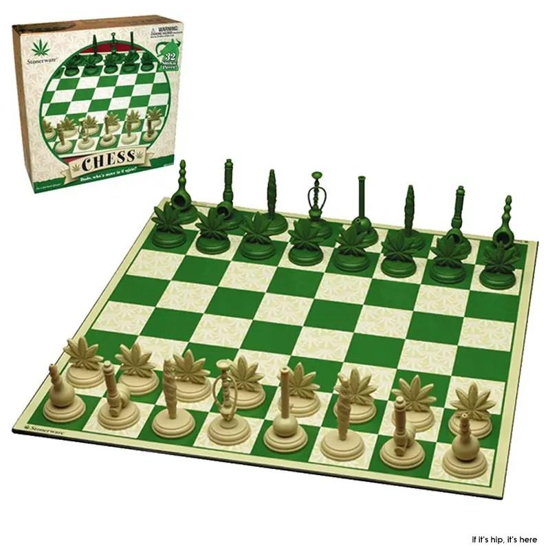 Stonerwear Pot leaf chess set1 IIHIH