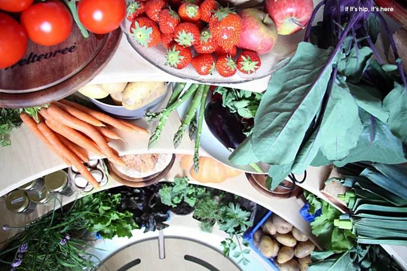 groundfridge fruits and veggies on shelves IIHIH