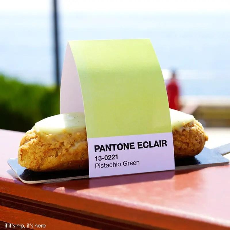 Pantone-pistachio eclair