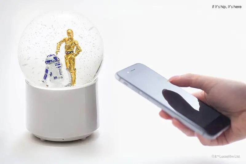 R2D2 & C3PO wireless snowglobe speaker with remote