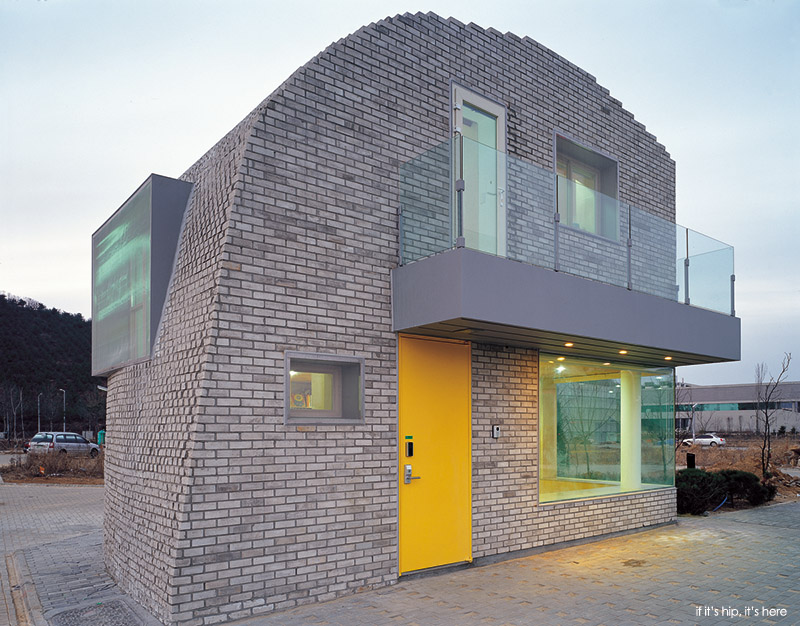 The Pixel House exterior