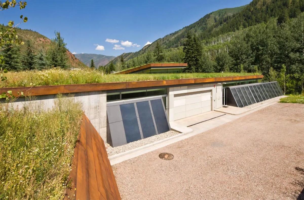 solar-powered modern home