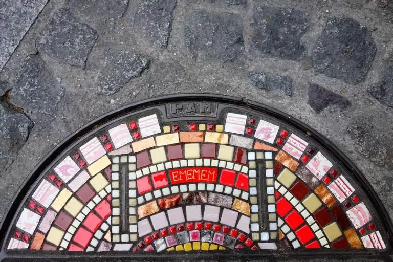 flacking in Paris George Pompidou Centre 2020