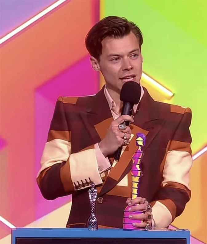 Harry styles winner 2021 brit awards