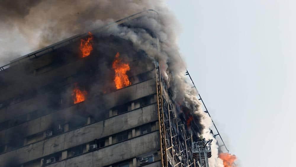 ifmat - tehran tower burning 3