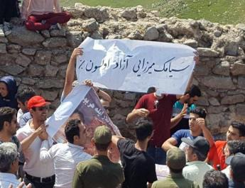 ifmat - Azeri Ethnic Rights Activists Beaten at Peaceful Protest Remain Detained