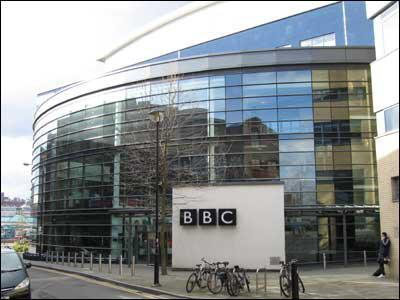ifmat - Stop arassment of our journalists, BBC chairman tells Iran