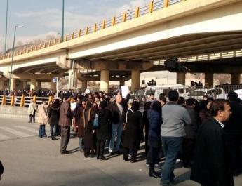 ifmat - Iranian protesters relatives threatened with arrest