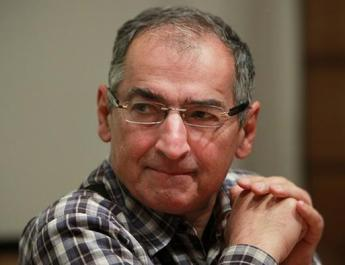ifmat - Political scientist in Iran given jail sentence over interview