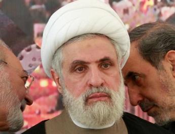 ifmat - Top Iranian official threatens uranium enrichment
