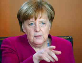 ifmat - Germany Merkel calls for solutions to Iran aggressive tendencies