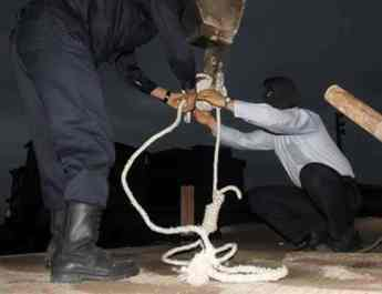 ifmat - Iran hangs woman at Urmia prison