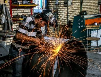 ifmat - Iranian economy is in free fall and the situation of workers is disastrous