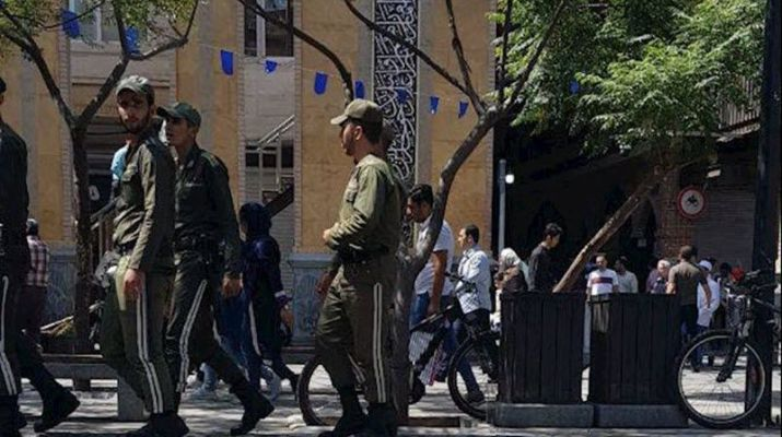 ifmat - Tehran Bazaar merchants arrested as the shopkeepers and the traders strike in many cities in Iran