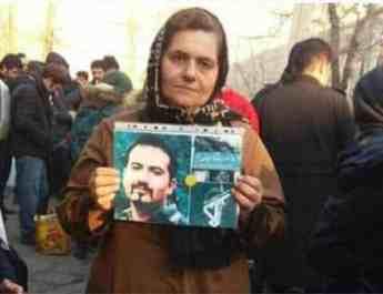 ifmat - Mother of political prisoner Soheil Arabi says he was beaten in prison