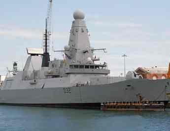 ifmat - Royal Navy ship threatened by Iran fast attack boats