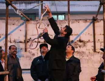 ifmat - Iran hangs 10 prisoners on a brutal execution binge