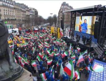ifmat - Iran opposition group calls for regime change in Paris march