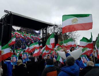 ifmat - Maryam Rajavi says Iranian mullahs must be changed