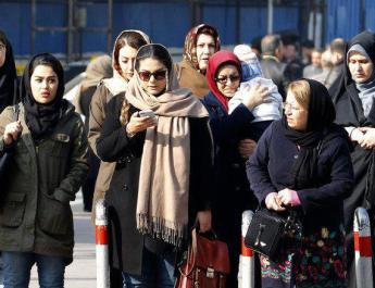 ifmat - Woman arrested for headscarf protest in Iran says she did it for her daugher