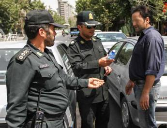 ifmat - 412 Iranians arrested for eating during Ramadan fast