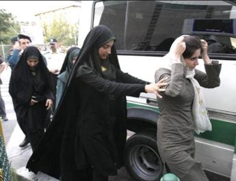 ifmat - Iran Regime increases pressure on women defying forced Hijab