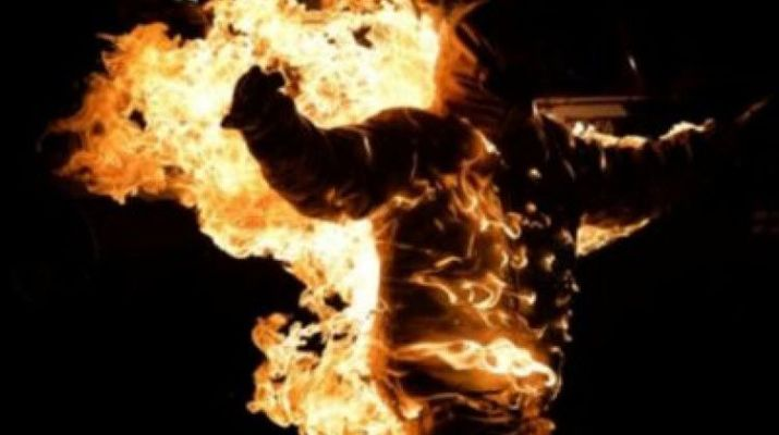ifmat - Iranian Regime arrest man who self immolated in front of the Communications Ministry