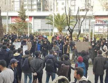 ifmat - Iran attacks peaceful Tehran student rally