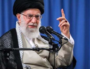 ifmat - Khamenei pleads for election turnout as Iranians call for national boycott