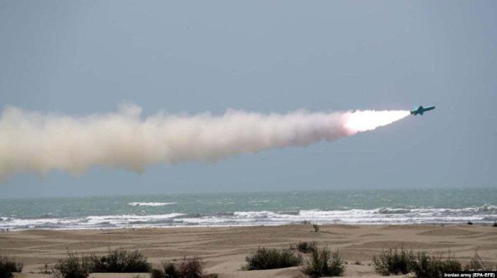 ifmat - Iran navy tests new cruise missiles In Gulf Of Oman