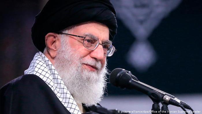ifmat - Iranian leader Ayatollah Khamenei opens a Twitter account in Hindi
