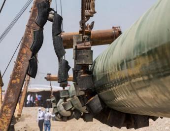 ifmat - Iran starts shipping oil via strategic pipeline