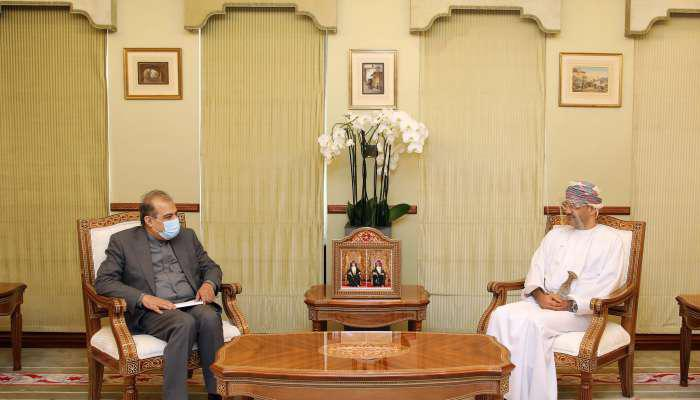 ifmat - Omans foreign minister meets Iranian adviser to discuss ties