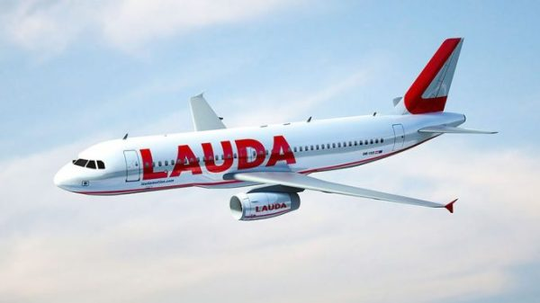 Laudamotion orders 18 new Airbus A320 to end dispute with