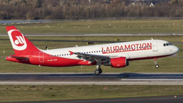 Laudamotion now fully owned by Ryanair plans expansion