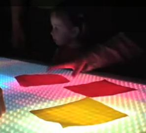 cameleon LED table