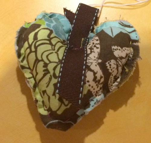 brown green and blue heart  wx