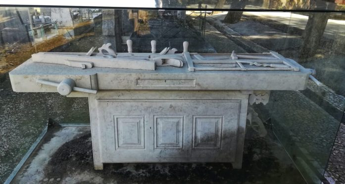 Cimitero Dos Prazeres di Lisbona, tomba di José Alexandre