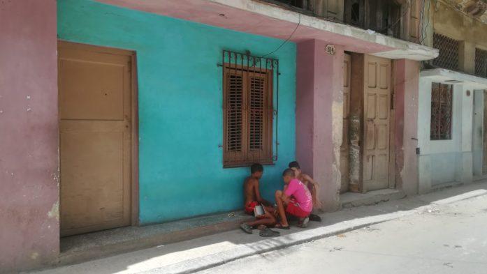 Bambini a Cuba, il meglio e il peggio di Cuba